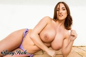 Stacey Poole - Naked outside 650wfjw70n.jpg