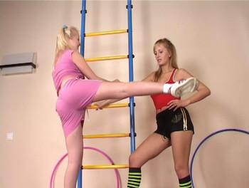 Attractive Nude Lesbian Sports Pics